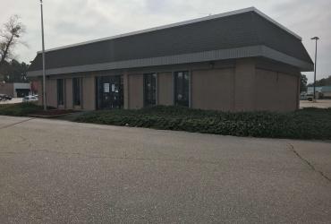 1700 Main,Laurinburg,North Carolina 28352,Sale or Lease,Main,1115